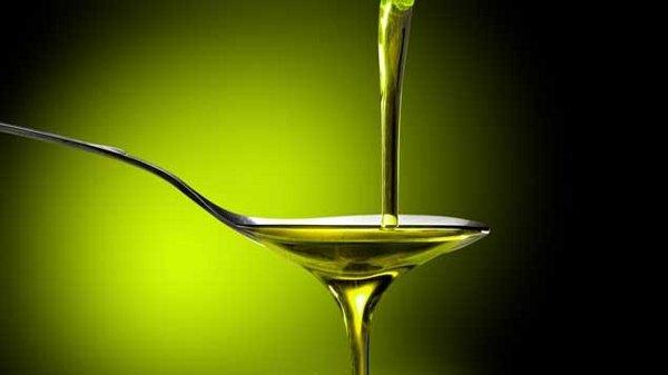 Article / émission de radio sur les diffŕentes huiles, leurs consommations, modes de production, ...