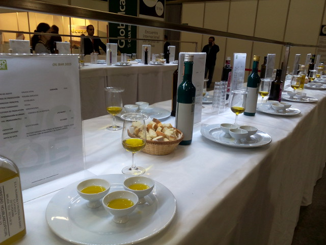bar à huiles d'olive wooe 2015